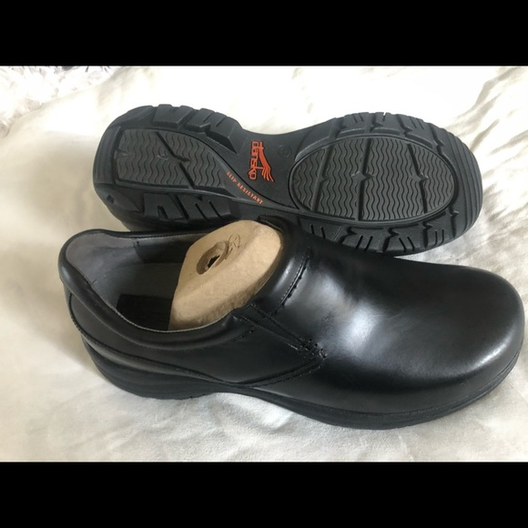 Wynn Slip On Black Smooth Leather 47